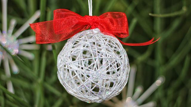 Creare Palline Di Natale Con Foto.Come Realizzare Una Pallina Di Natale Con Lo Spago